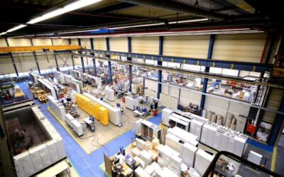Klare Strukturen auf 3.200m² in der ATR-Schaltschrankproduktion (Bild: ATR Industrie-Elektronik GmbH)